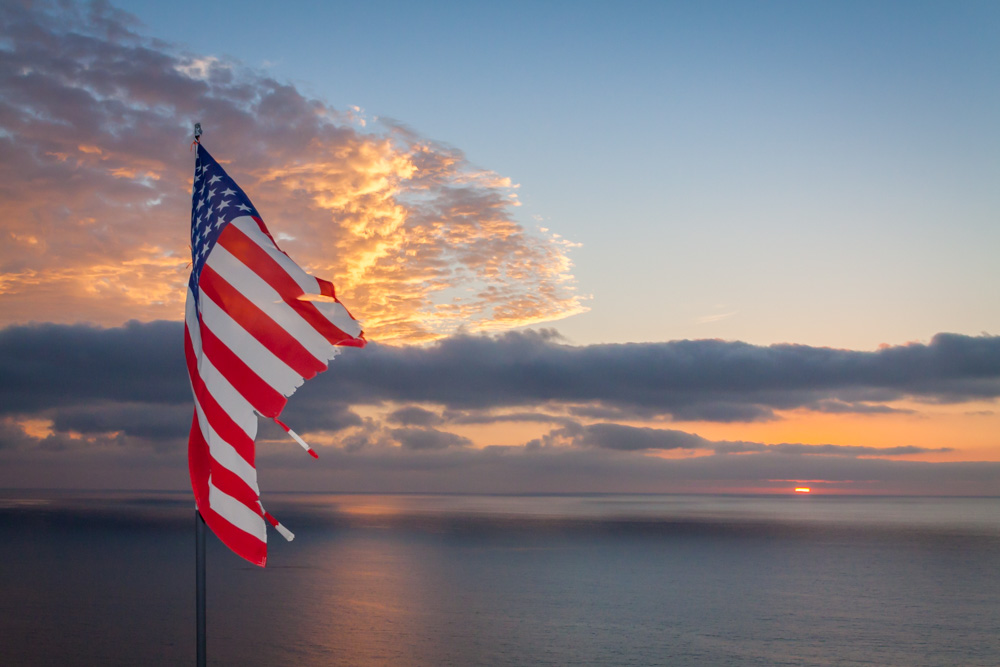 SUNSET-US-FLAG-LA-JOLLA-SAN-DIEGO-CA-2